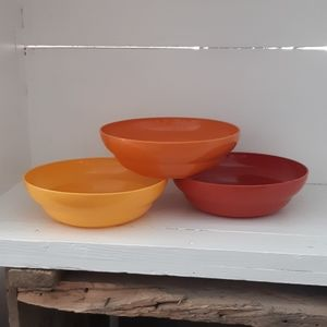 Tupperware - cereal bowls (3)